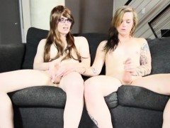 Tatted shemale porks tgirl with glasses
