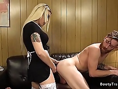 Gorgeous blonde wireless maid Aubrey Kate in fishnets seduces tramp in motel