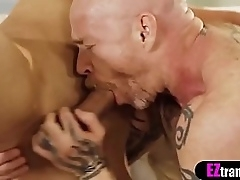 Bombastic wireless bangs an ugly age-old TS dudes pussy