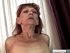 Unshaved granny cunt is hungry be advantageous to young locate