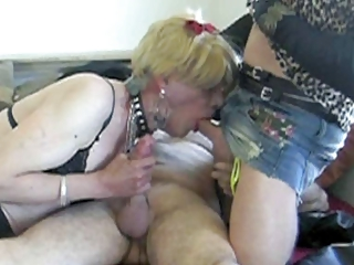 wendy jane takin a load alongside a catch ass from a old man (part 1)