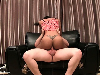 Ladyboy Teen Free and easy Bareback Riding Hardcore