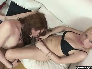Three shemale babes swell up on each others cocks