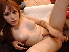 Well known Tranny Gets Her Nut