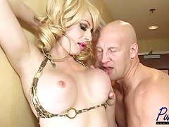 Christian fucks big-chested swimsuit honey Tara Emory