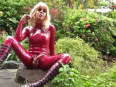 Me and You 210  Rainy Day Latex 05 Aug 2016